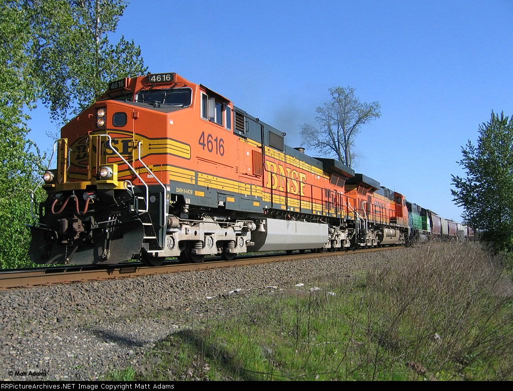 BNSF 4616 North
