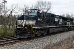 NS 9541 leads NS M6T at Cherokee Mills