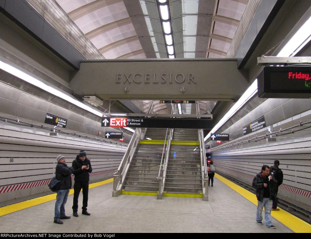 SAS 86th Street station