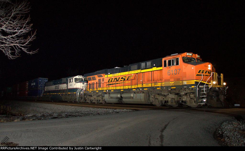 NS V18 East