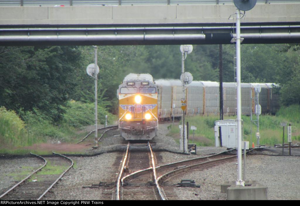 Eastbound Intermodal (Angle 2)