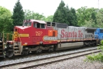 BNSF 829 is the middle unit on train 350
