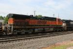 BNSF 1006 heads east on train 350