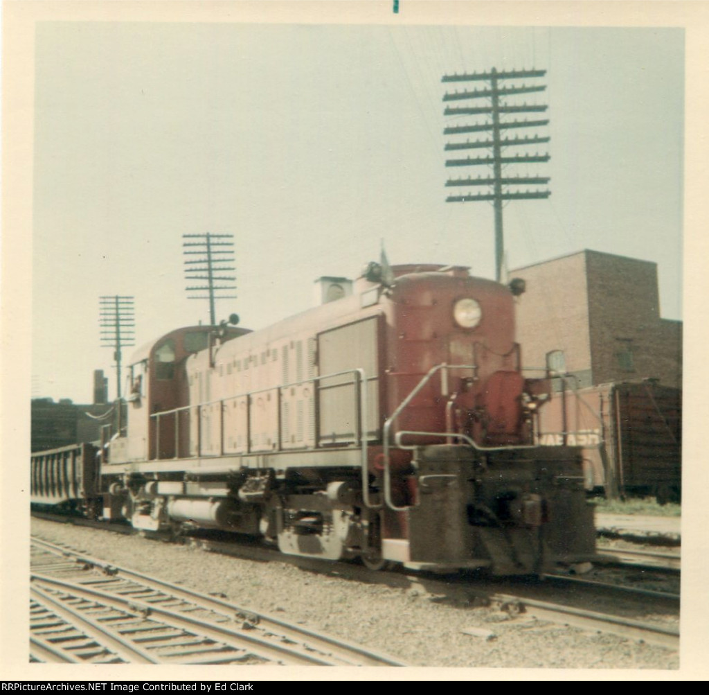 GM&0 RS-3 Vandalia Turn  Eastbound 1965-68?