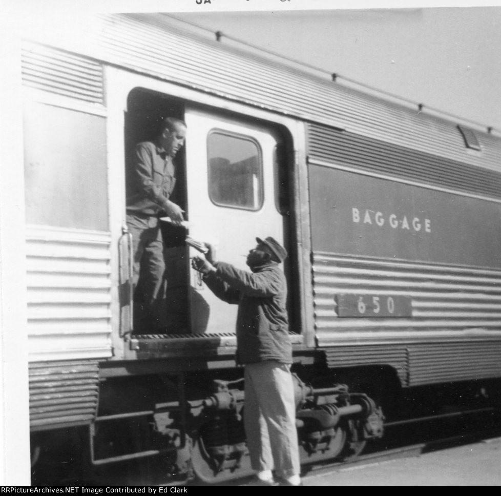 West bound Wabash/N&W morning passenger train 1965-68?