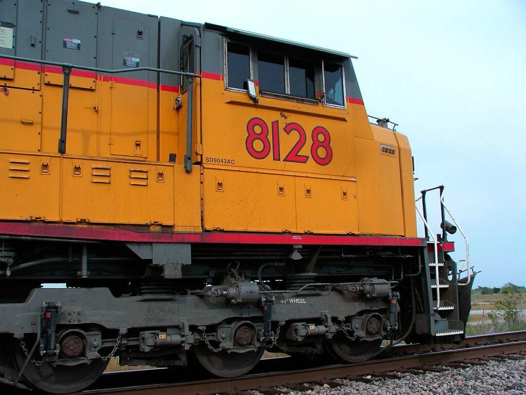 UP 8128