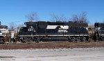 NS-3071   GP40-2 at Danville, KY