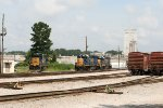CSX SD40E3 1705 and GP40-2 6350