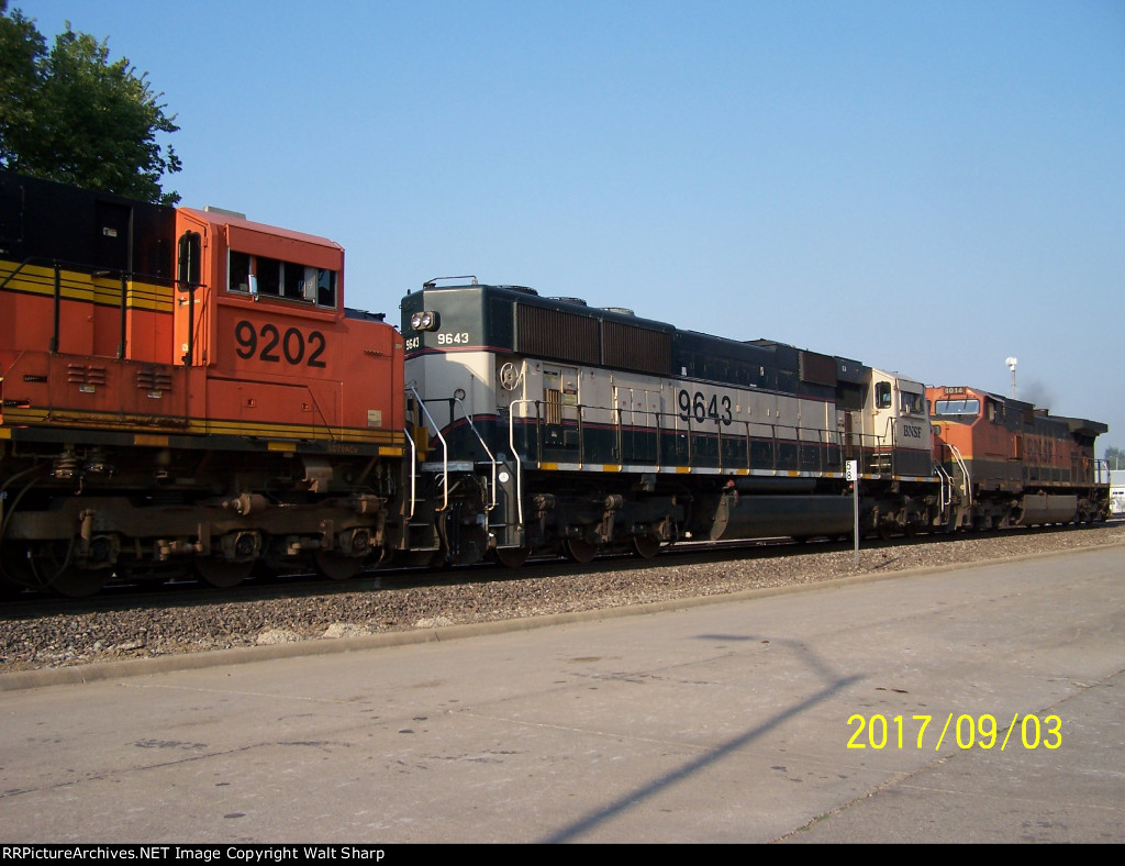 BNSF 9643