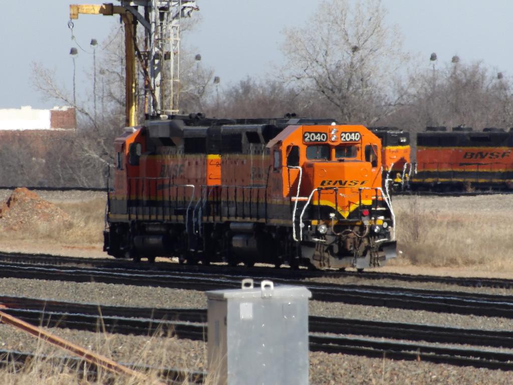 BNSF GP38-2 2040