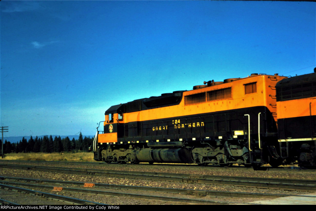 Great Northern SDP40 324