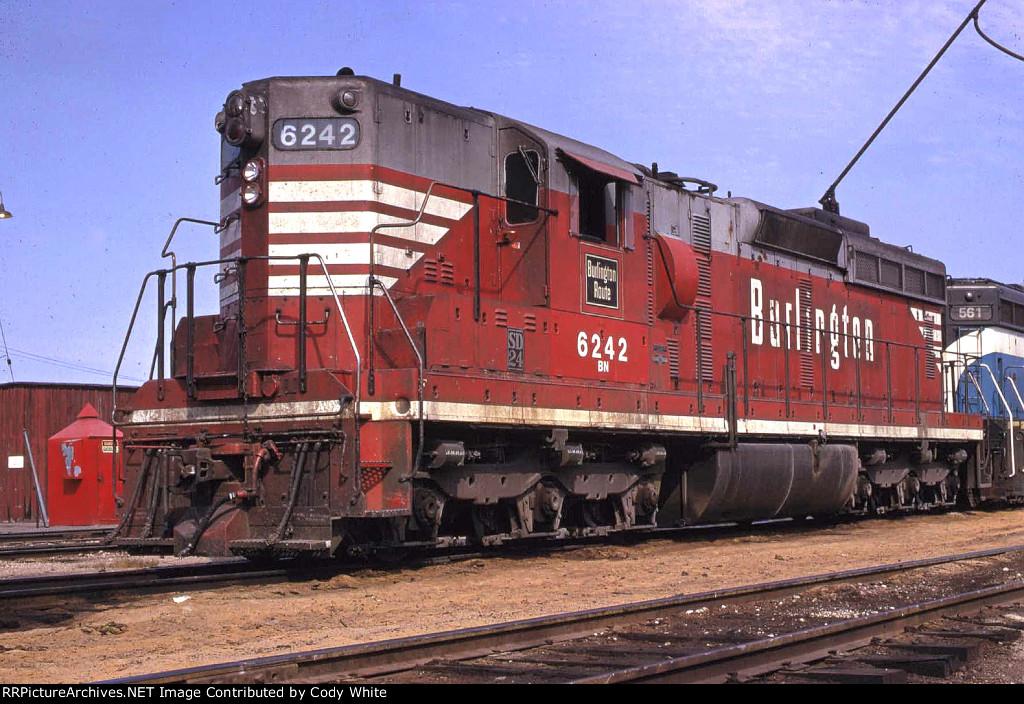 Burlington Northern SD24 6242