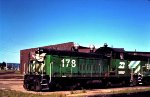 Burlington Northern SW1200 178 and Slug ET-1