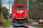 CP 2326 has come off the north end of the Wall Street trackage and the crew stops to line a switch