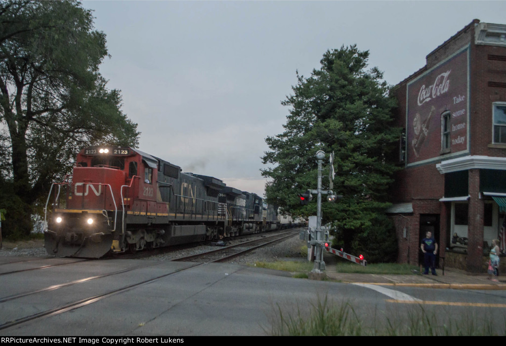 CN 2123 lead NS 203 in Orange