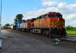 BNSF 5204, CN 2401, and GECX 2038