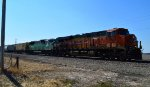 BNSF 6987 and PRLX 8123