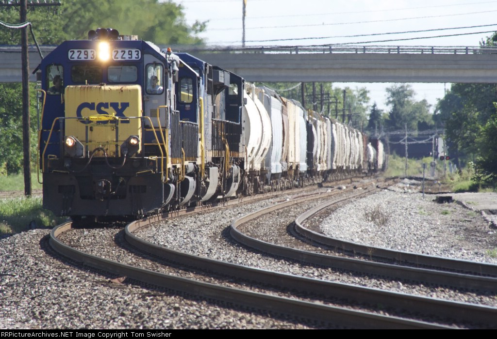 CSX grain and mixed freight