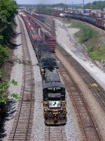 NS 8596 leading SB freight