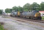 CSX Q125 by the depot