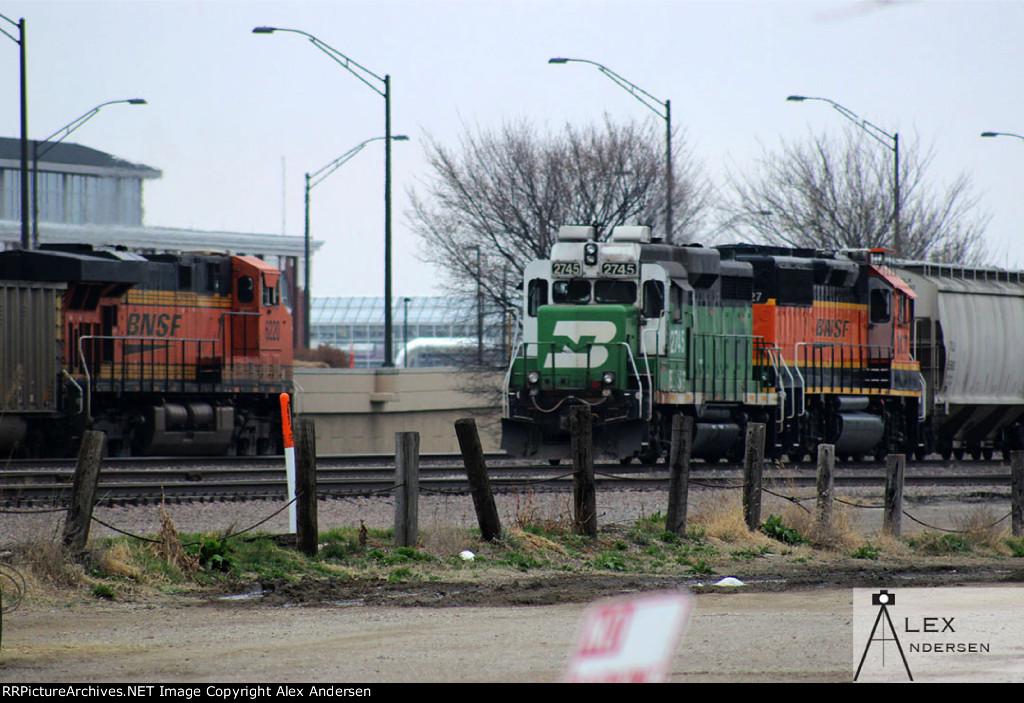BNSF 2745 & 3127