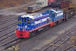 NYNJ 5101 & 2293 sorting freight cars for customers