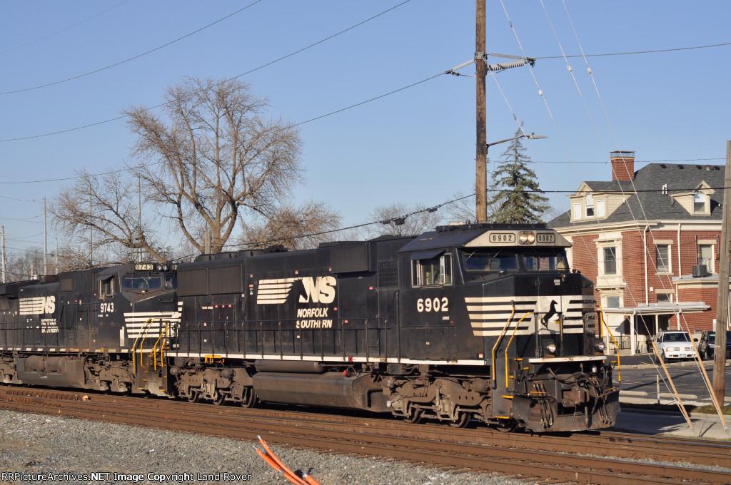 NS 6902 East