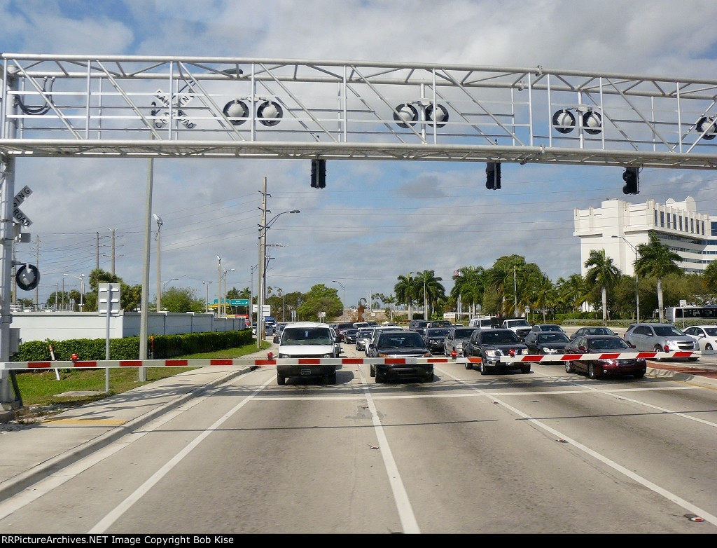 A multi-lane grade crossing with quad gates