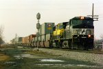 NS C44-9W 9012--unknown EB--Leipsic, OH December 1997