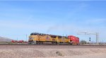 UP 7381 rounds the bend to join the BNSF Needles sub at Daggett