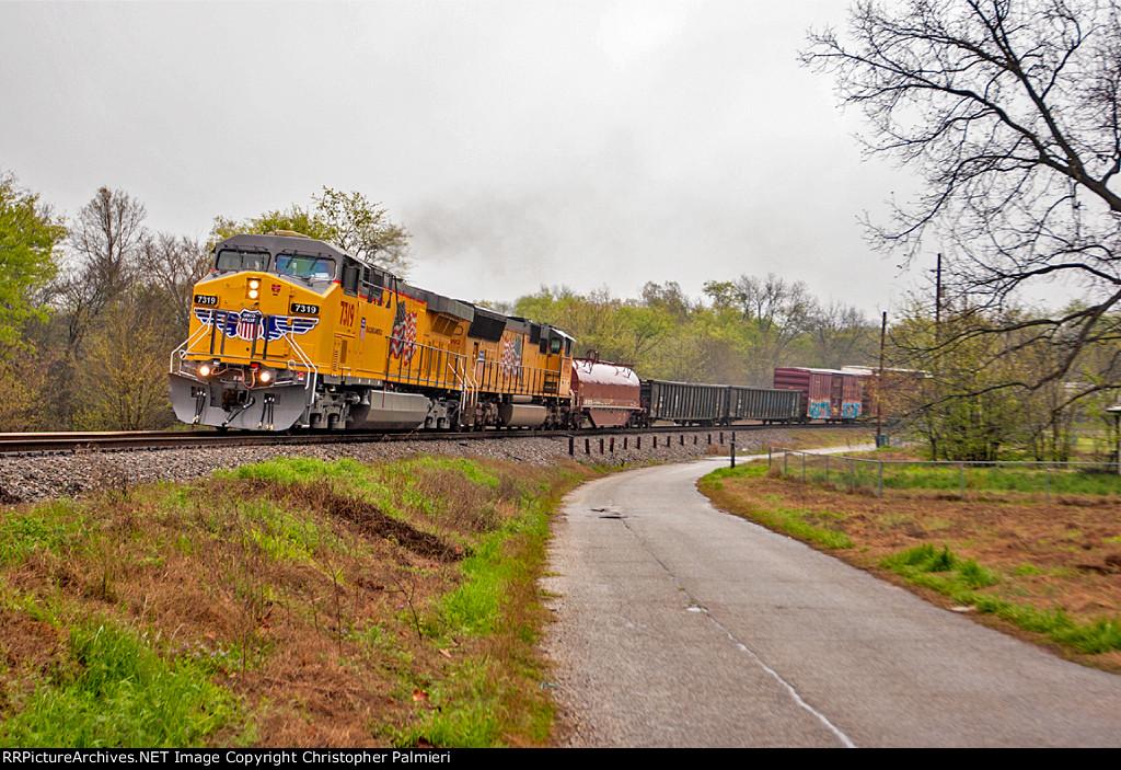 UP 7319 Leads MPBMX-13