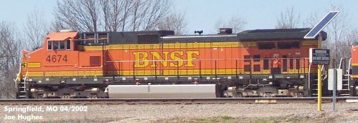 BNSF 4674