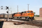 BNSF 5886 southbound with a loaded Scherer coal train.