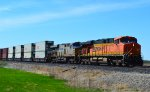 BNSF 7792 and CREX 1401