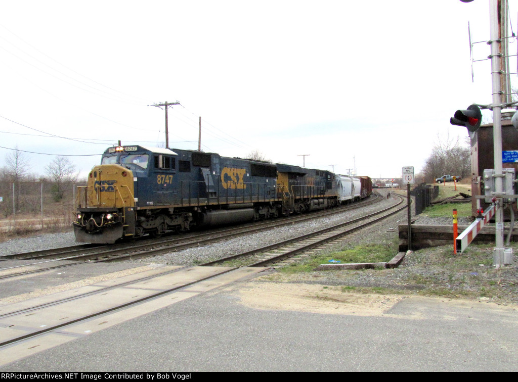 CSX 8747 and 3145