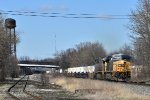 CSX 734 leads Q137 through Barberton.
