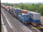 Ex Conrail leads NS train 219