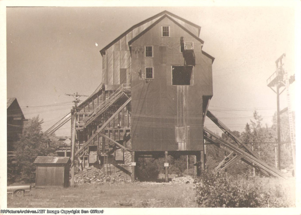 Unknown Coal Tipple