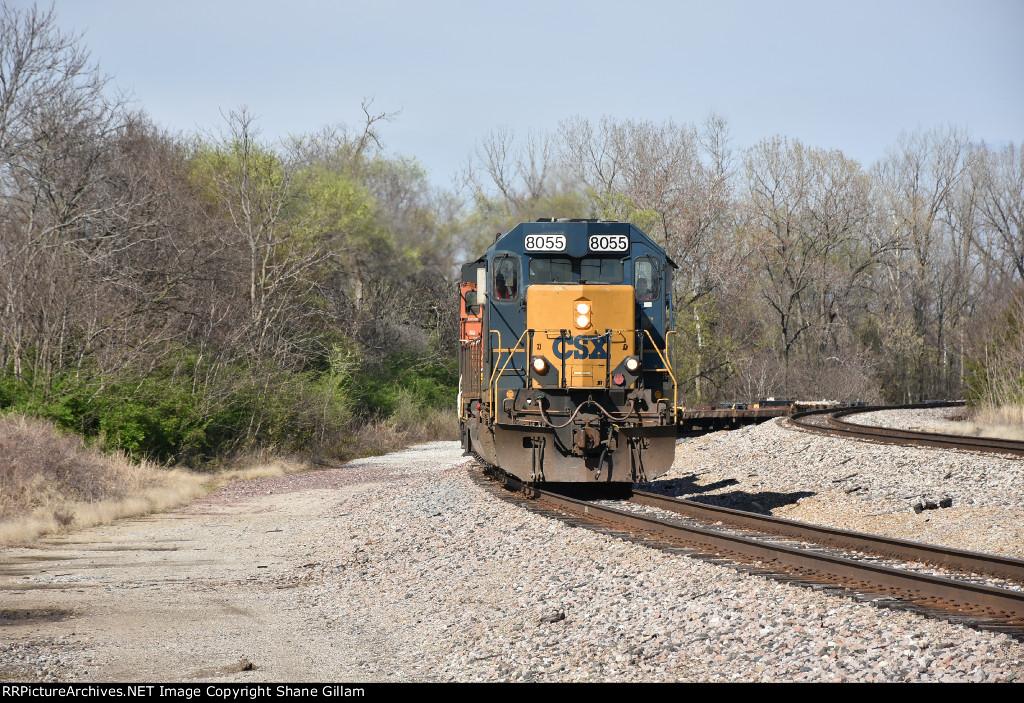 CSX 8055 Drags a windmill train on the BNSF.
