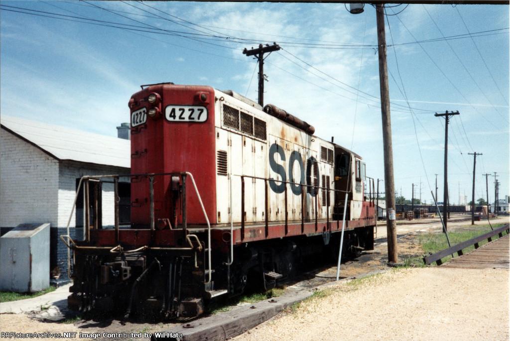 Soo Line GP9 4227