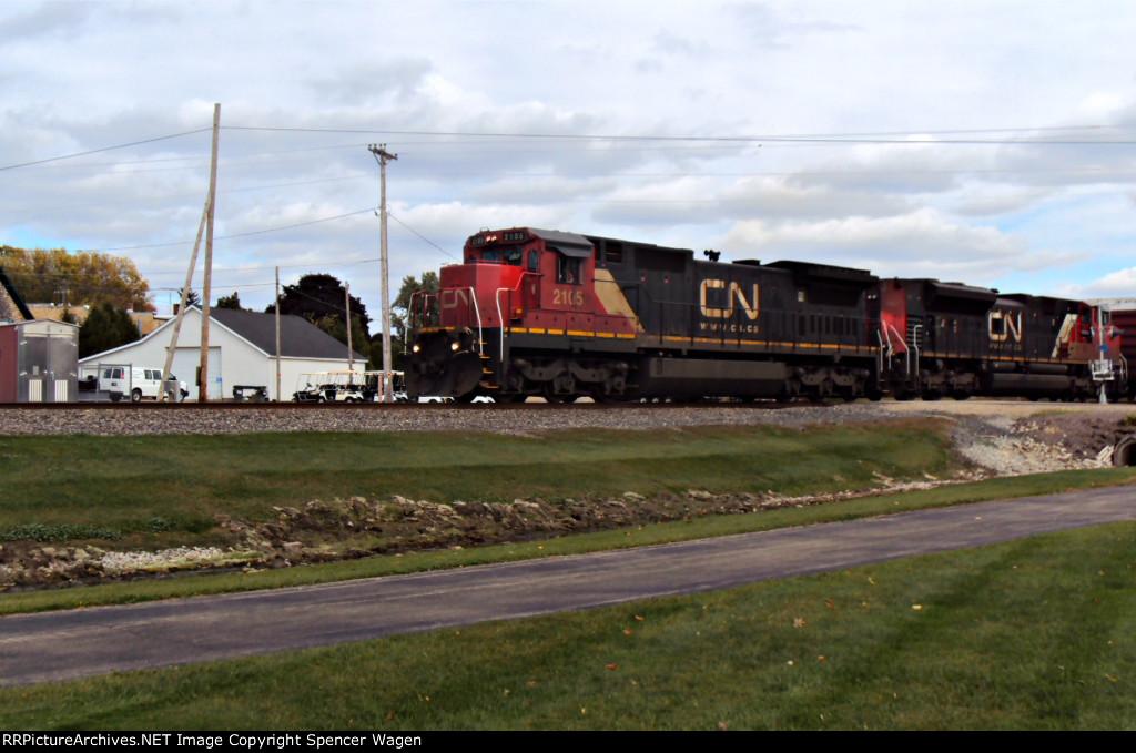 CN 2105