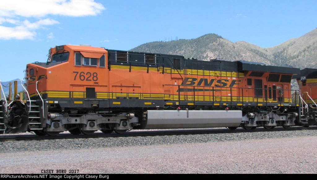 BNSF 7628