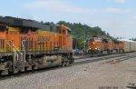 BNSF 6730 meets BNSF 6568