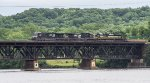 Erie Heritage Unit on Pan Am's Hudson River Bridge