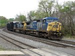 CSX 9039 and 9037