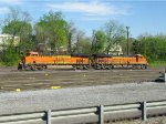 BNSF 6885 and 8120