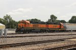 BNSF 2335 and BNSF 2033