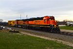 BNSF 3154 and 524