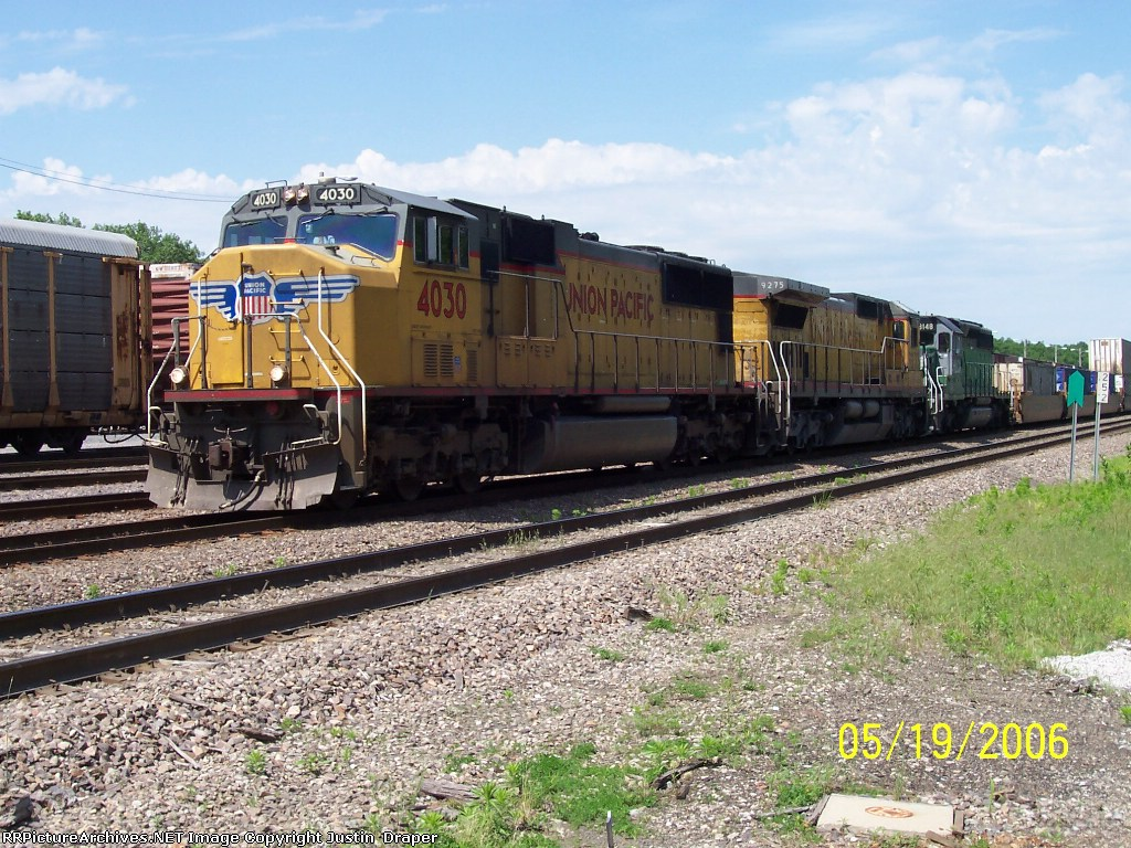 UP 4030, UP 9275, & HLCX 8148