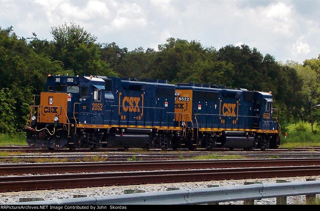 CSX 2052
